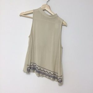 Love fire XS sleeveless top embroidered